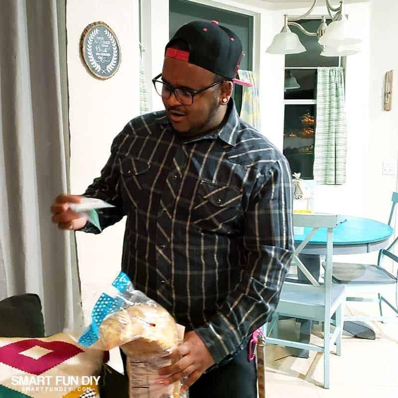 Keelan-reacts-to-bread-money-gift-idea-3