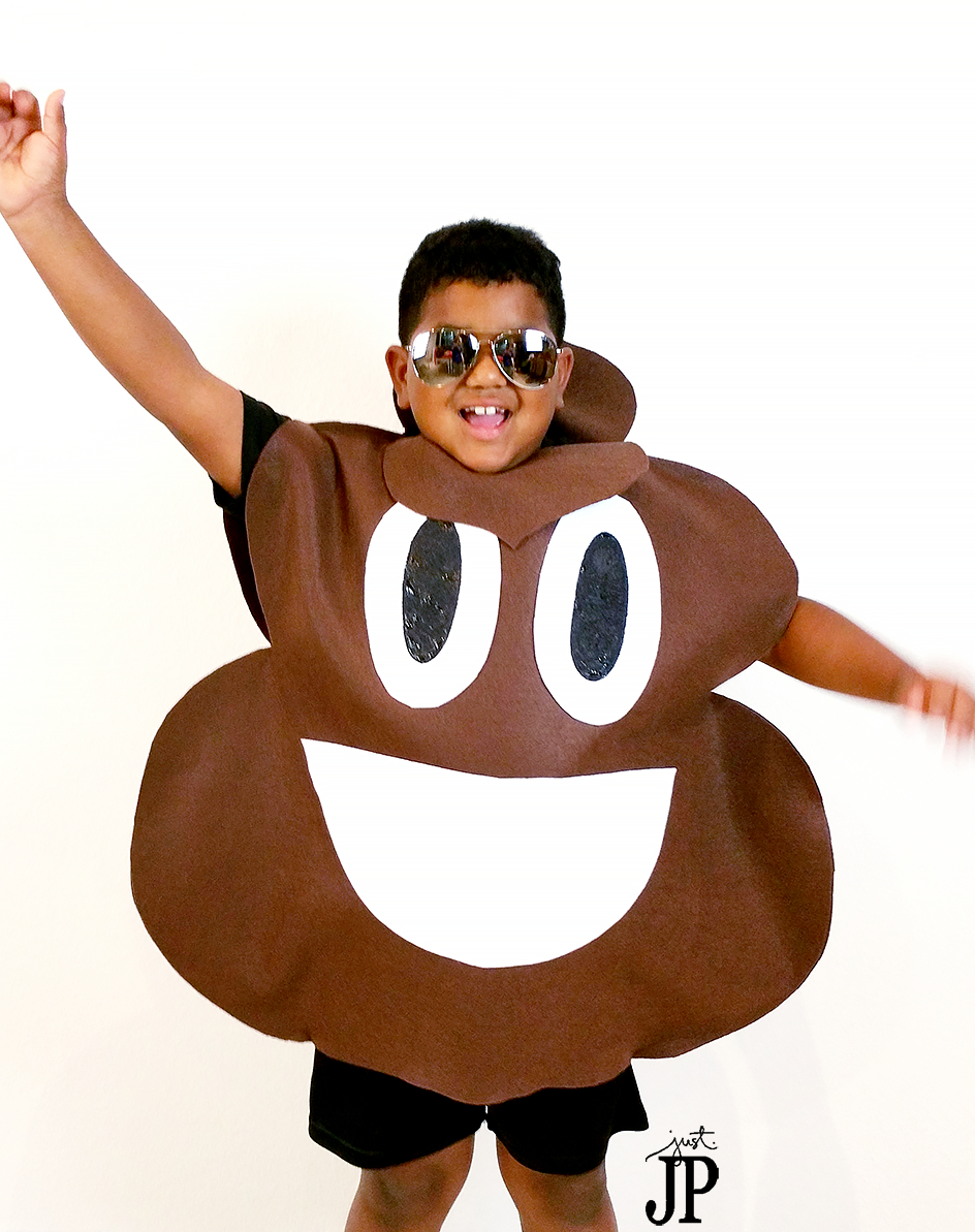 Two No Sew Diy Emoji Costumes For Under 25 Jphalloween