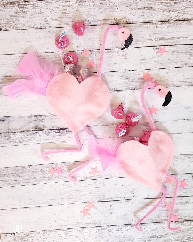 DIY-Flamingo-Candy-Favors---Flamingo-Party-Decor-JustJP