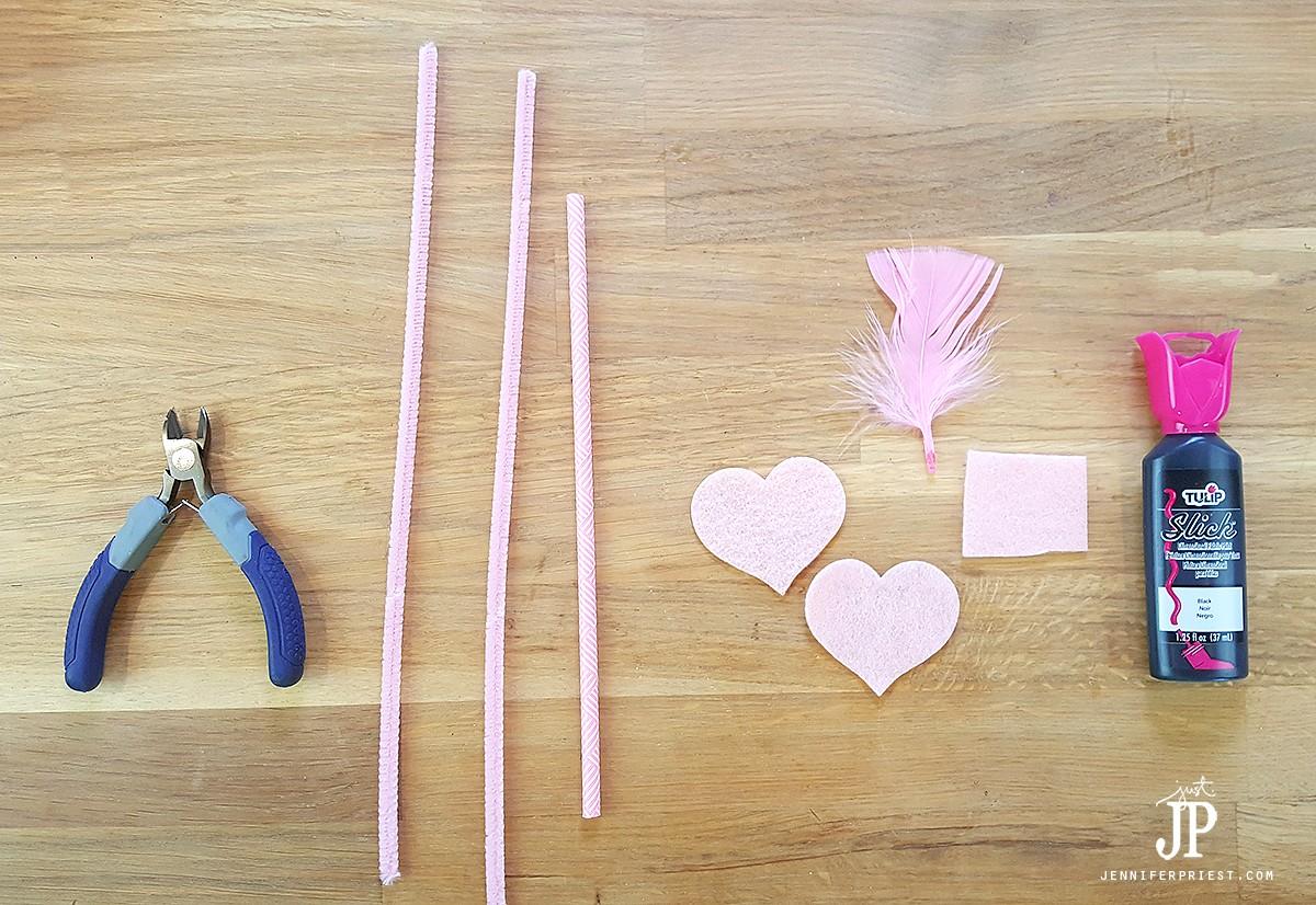 DIY-Flamingo-Straws---Flamingo-Party-Decor-Supplies-JustJP