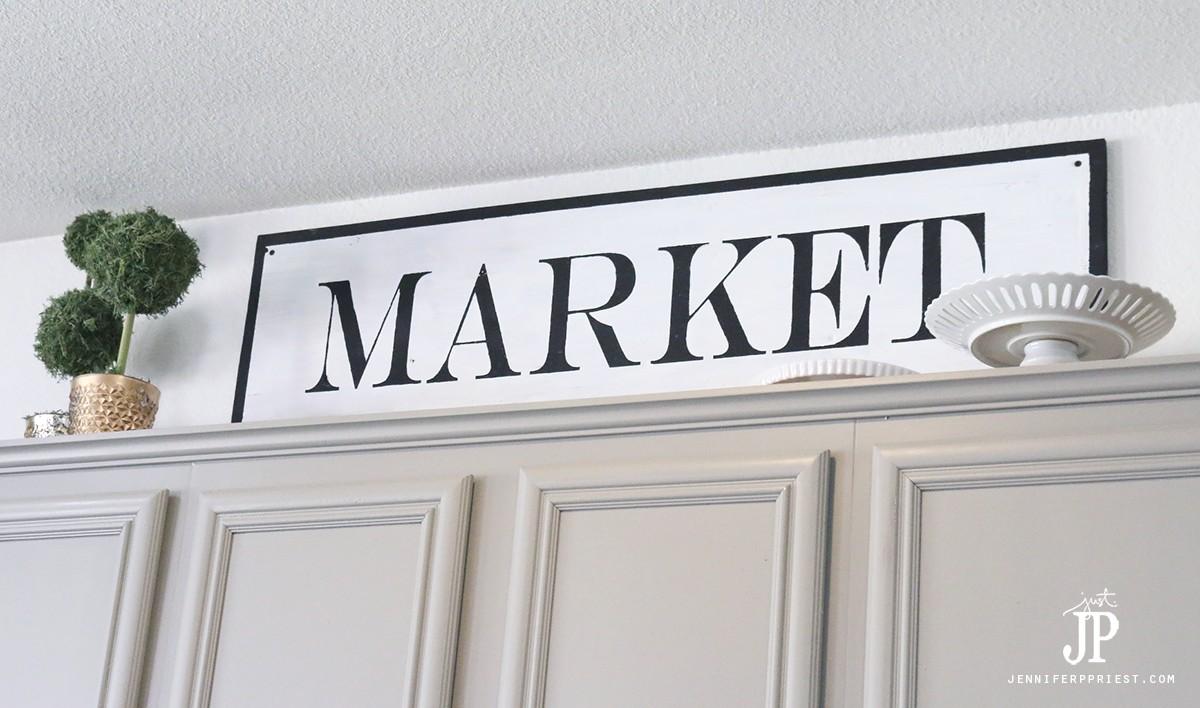 DIY-Market-Sign-Vintage-Style-with-Chalk-paint-Jennifer-Priest