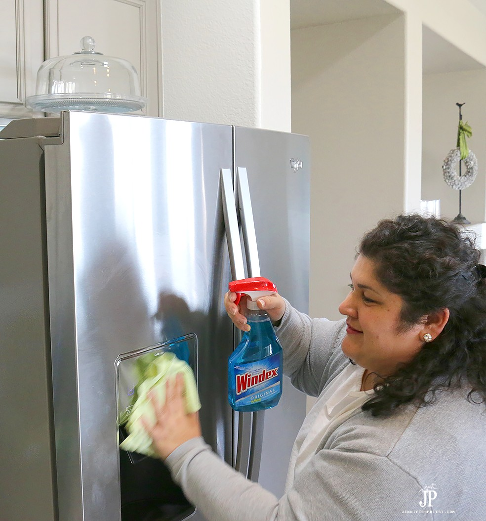 How-to-clean-stainless-steel-fridge-with-Windex-Jenniferppriest
