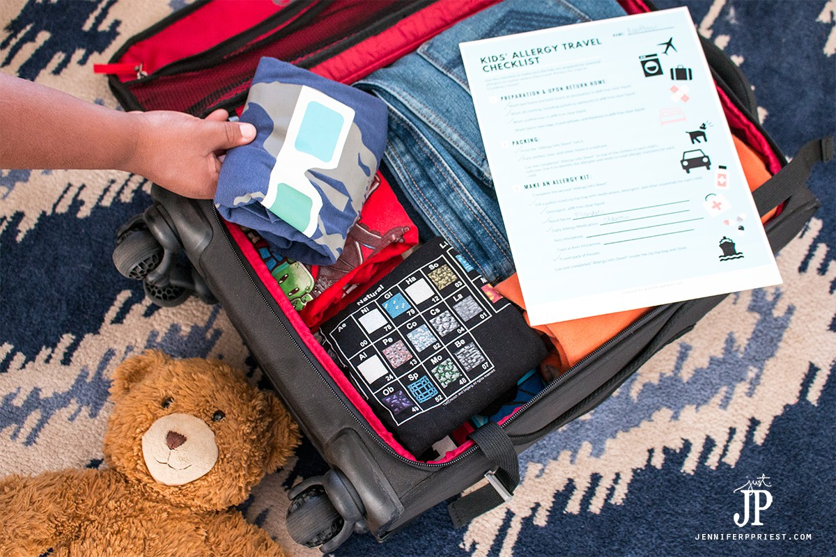 Have the kids help pack their bags for a trip to Grandma's house. Get this FREE printable packing list for traveling with kids with allergies.