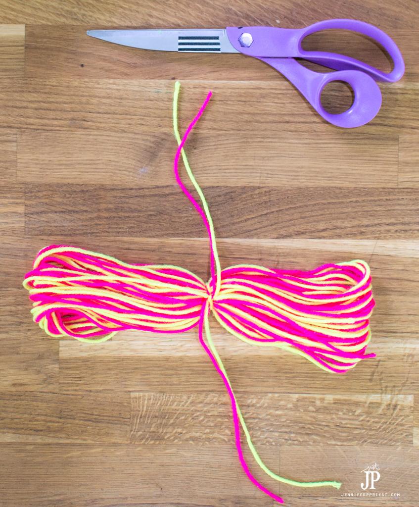 7---How-to-make-a-Yarn-Tassel-jenniferppriest