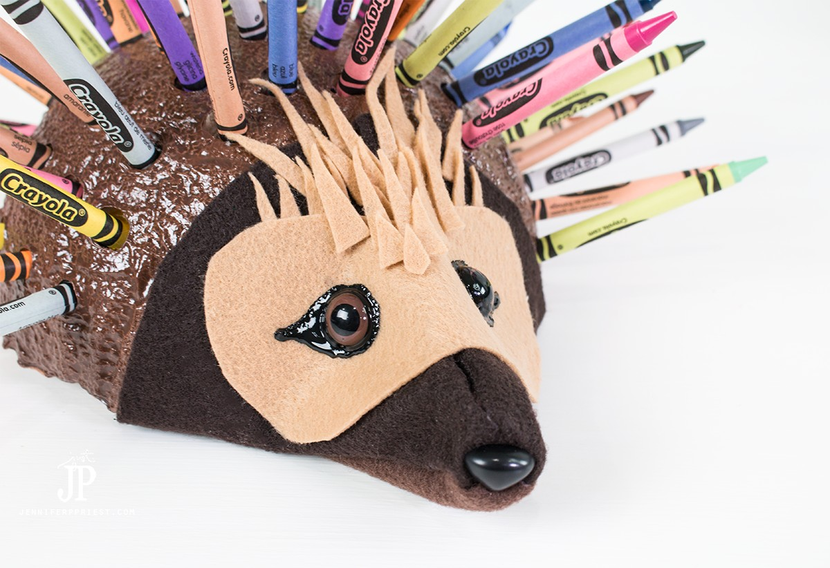 The-WILD-LIFE-Movie-DIY-Crayon-Holder-jenniferppriest