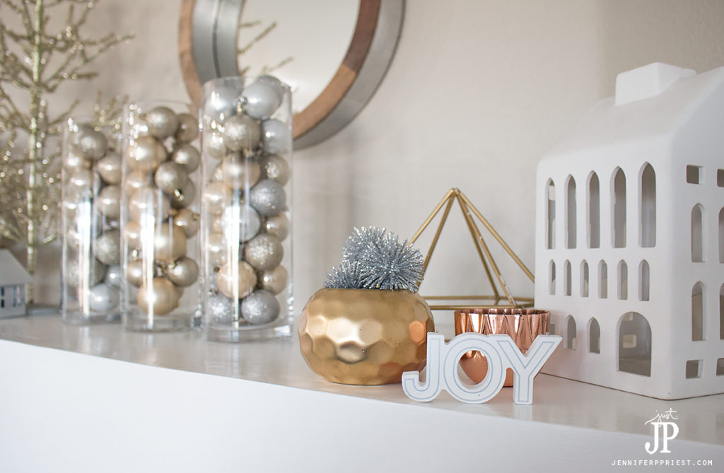 Living With Less Frugal Holiday Decor For The Mantel Smart Fun Diy