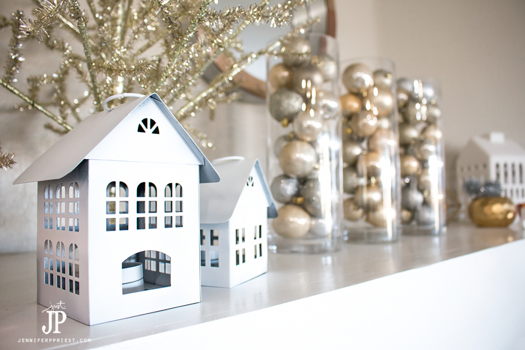 diy-mantle-decor-christmas-jenniferppriest
