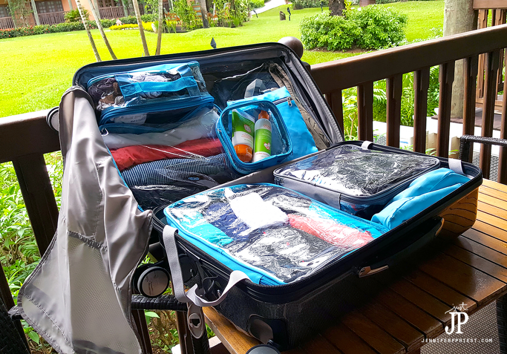 ezpacking-cubes-clothes-for-a-week-for-couple-in-one-suitcase-jenniferppriest