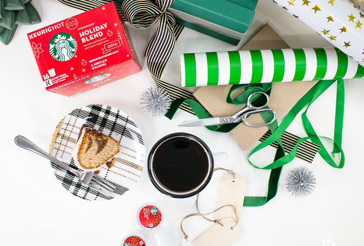 Easy holiday decorations and entertaining ideas with Starbucks Holiday