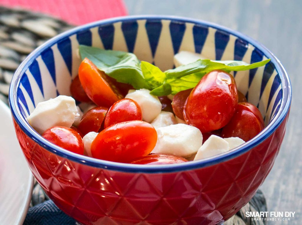 Mini Caprese salad recipe with grape tomatoes https://www.smartfundiy.com/mothers-day-lunch-grilled-eggplant/ #SoWorthIt