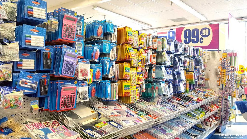 Here's what to buy at the dollar store, and what you should look for elsewhere. What to Buy at the Dollar Store: Here's Your Shopping List Just about every town has a dollar store, but some of the things you find there are not of the highest quality.