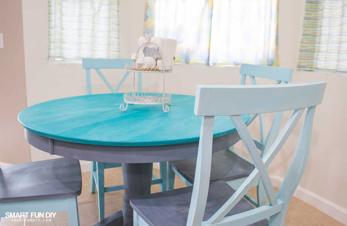 Chalk Paint Table Makeover