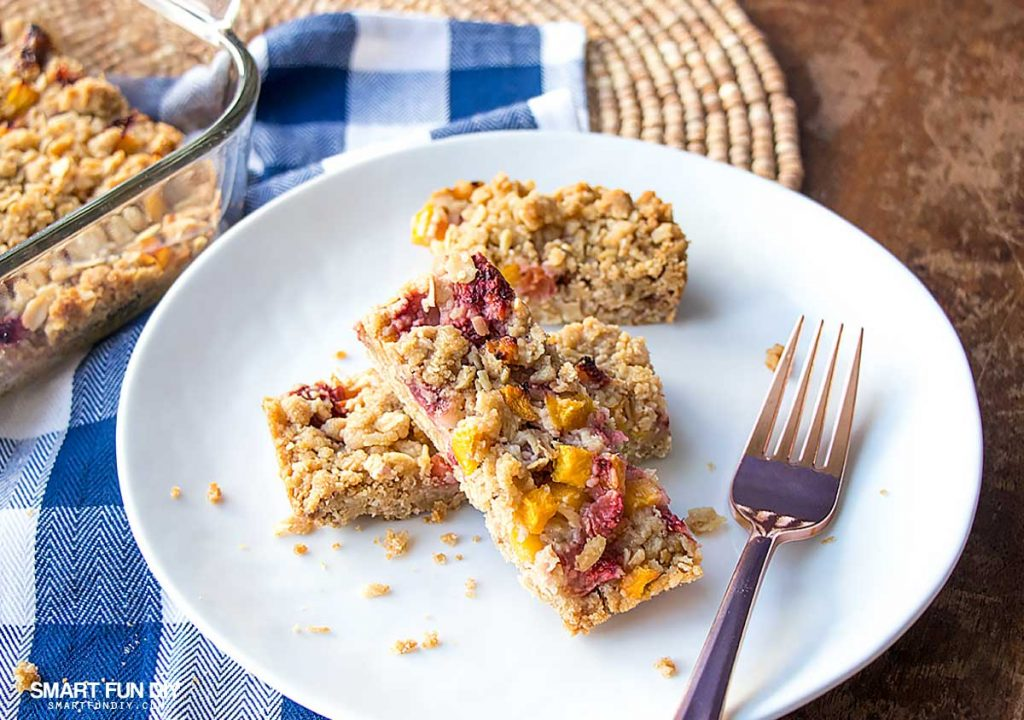 Fruity Oatmeal Bars Recipe made with Dole Sunshine Frozen Fruit