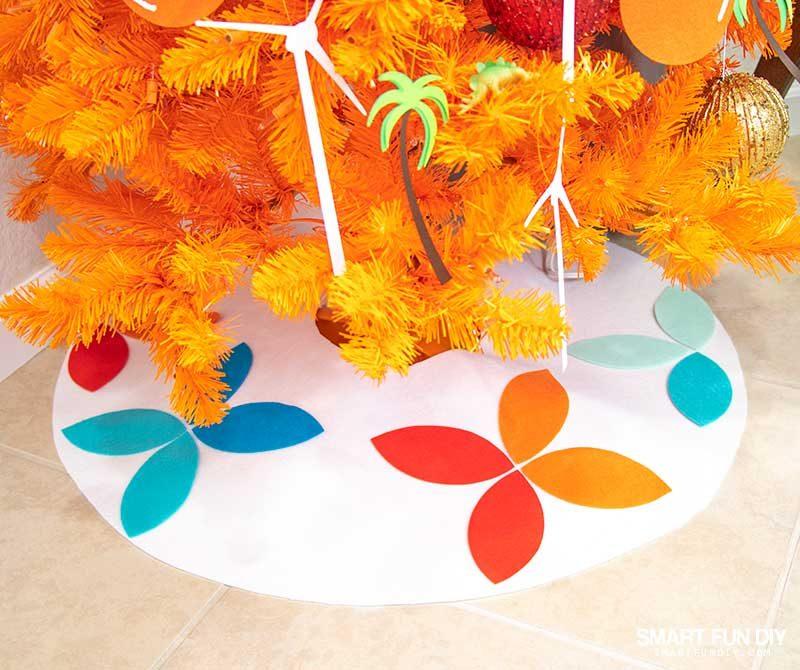 mid century modern felt Christmas tree skirt