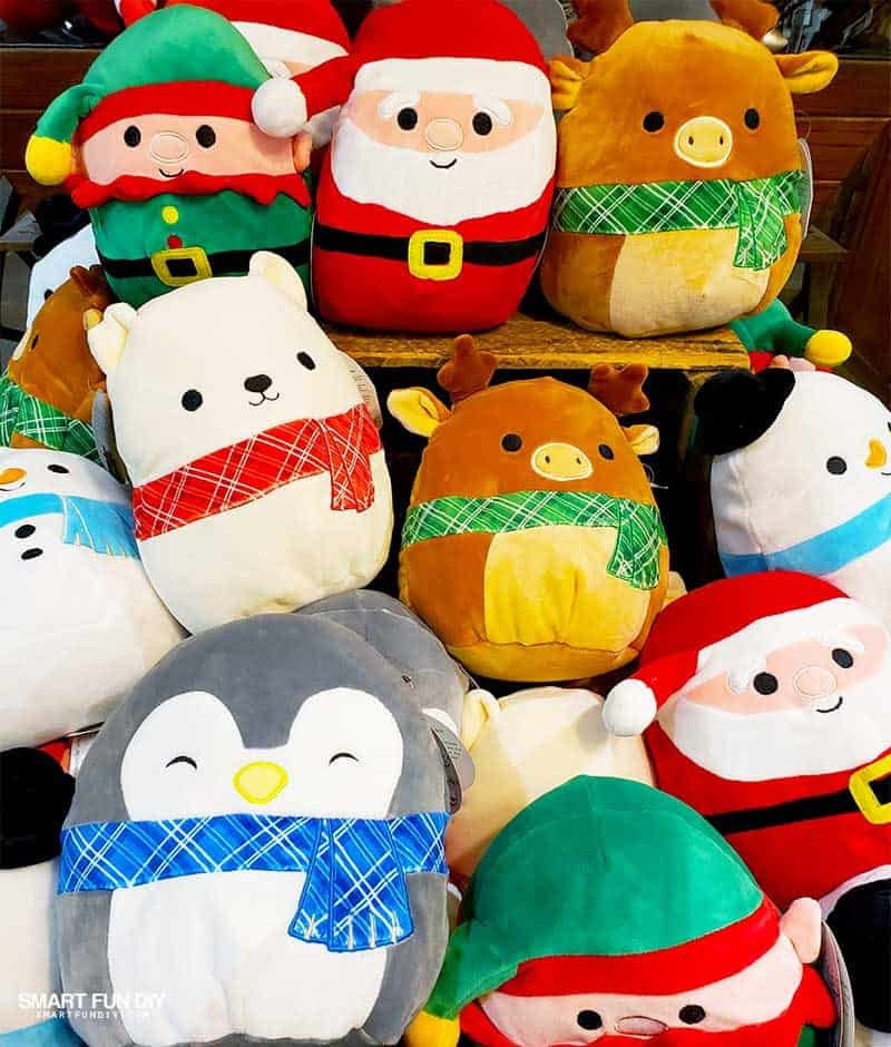Christmas Stuffies at Knott's Merry Farm
